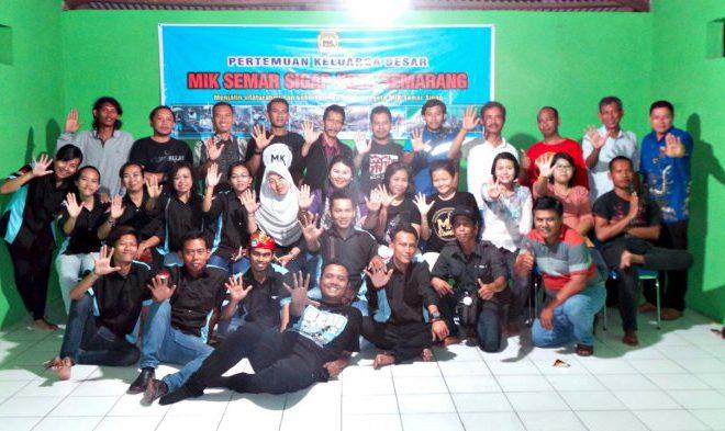 Cerita Tentang MIK Semar Sigap, Komunitas yang Membantu Pelayanan Publik di Kota Semarang Artikel ini telah tayang di Tribunjateng.com dengan judul Cerita Tentang MIK Semar Sigap, Komunitas yang Membantu Pelayanan Publik di Kota Semarang